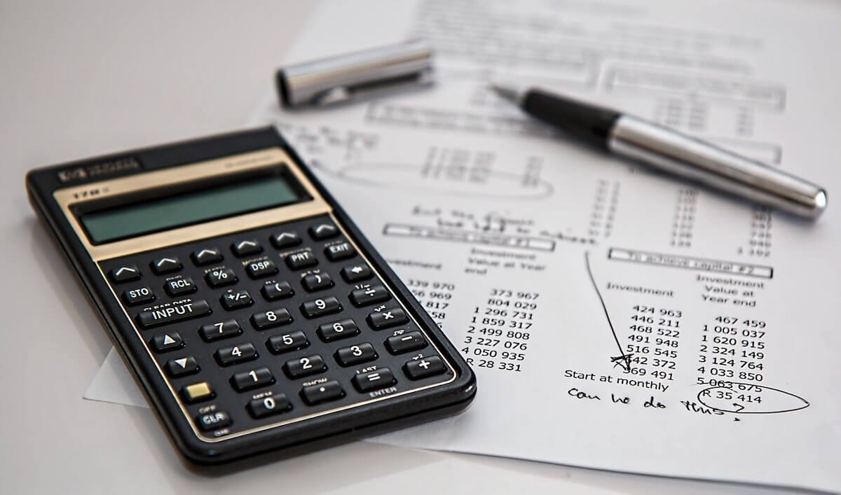 Calculating financing options